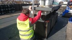 Mocowanie Uchwytu masztu antenowego do komina budynku mieszkalnego