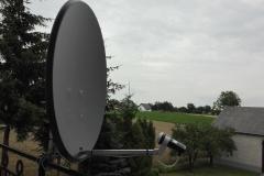 Zamontowana antena satelitarna na balkonie - Garbów