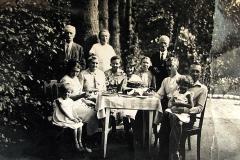 Żbikowscy z rodziną - Nasutów