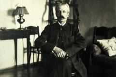Gustaw Żbikowski, zięć AleksandraGłowacza, Nasutów