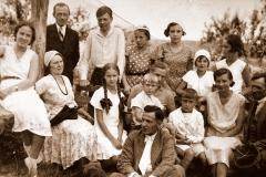 Rodziny oficjalistów folwarku Nasutów