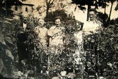W ogrodzie za gorzelnią - Nasutów