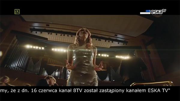 Przekaz kanału Eska TV, o zmianach informuje pasek info