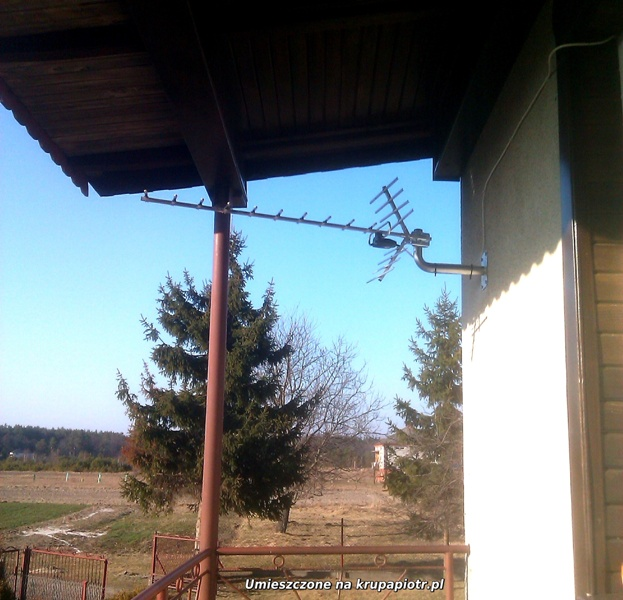 Antena DVB-T na ścianie - Manasterz