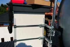Mocowanie opaski kominowej i anteny sat na kominie z ociepleniem