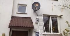 Montaż anteny satelitarnej na ścianie w bloku