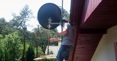 Podczas ustawienia anteny satelitarnej